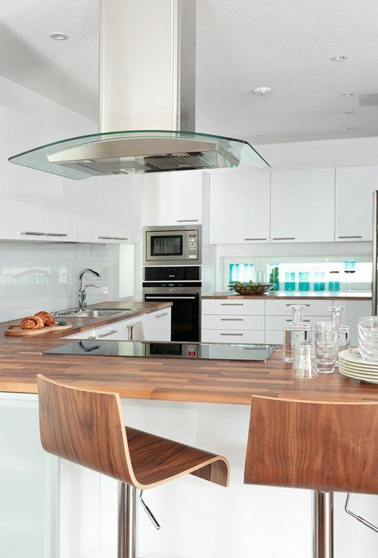 Modern plastered house, interior design, kitchen. Kivitalo, sisustussuunnittelu, keittiö. Stenhus, inredningsdesign, kök.