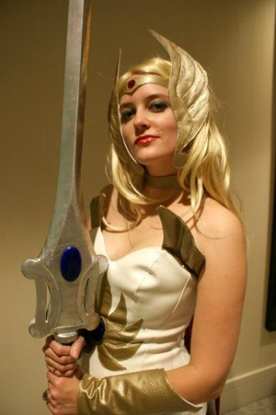 I totally need a She-Ra costume! For what 5c046e083a83