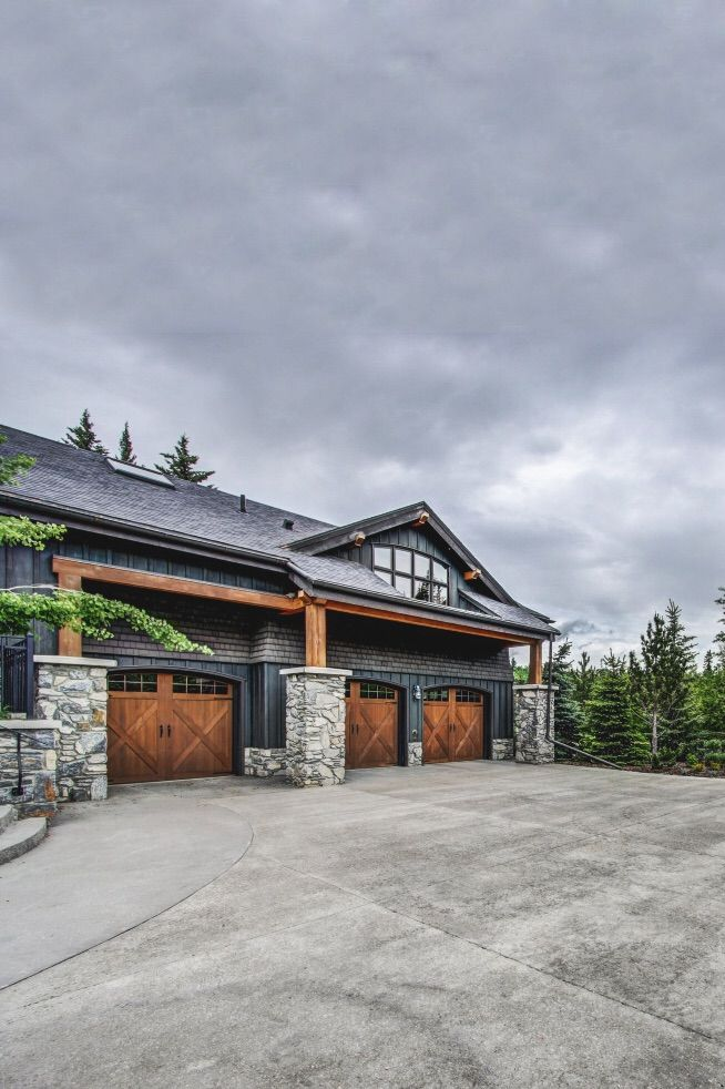 Cool Exterior With Images Modern Garage Doors Garage House