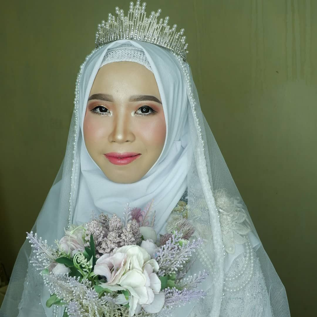 Makeup Hari Ini Dg Pengantin Cantik Ku Mba Ulfa Krasak Pengantinnya Agak Pemalu Request Makeup Tanpa Bulu Mata Palsu Tanpa Softlens Model Hijab Syar I