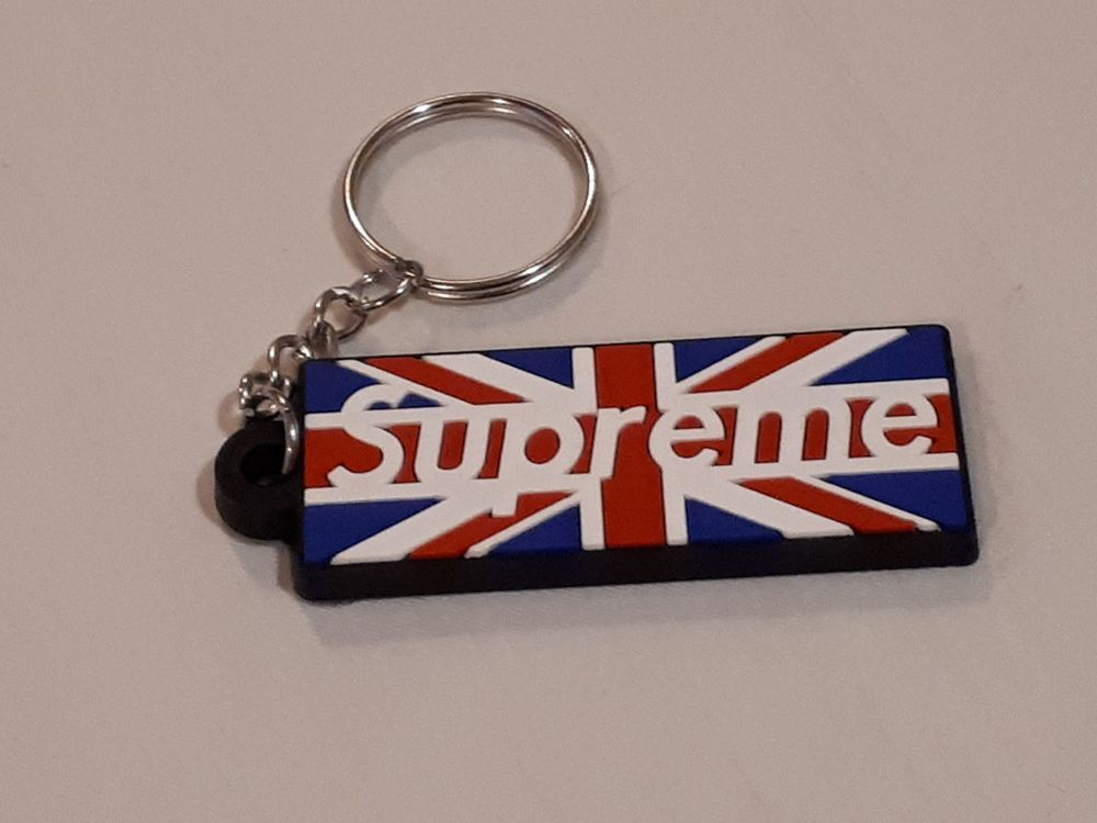 2018 Supreme Box Logo Rubber Keychain