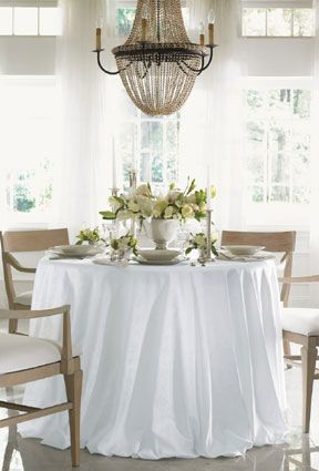 Classical Symbols In An Overall Pattern Set Your Elegant Table With Sferra Acanthus Linens Designed After The Symbol Of Leaf