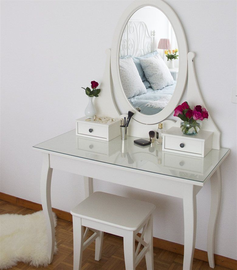 Feminine bedroom hemnes dressing table sofia 39 s for Ikea dressing table hemnes