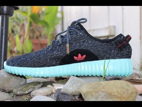 outlet store e25ad 2f944 Yeezy 350 Boost