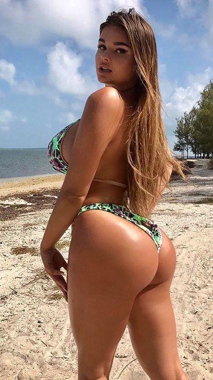 d10debd7e2 Anastasiya Kvitko | Bikini in 2019 | Bikinis, Thong bikini, Sexy