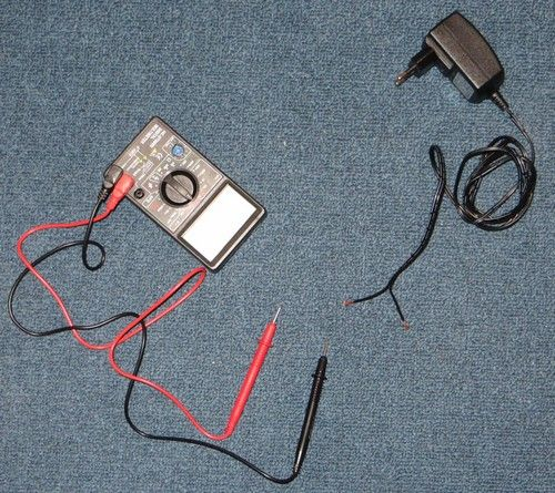 AC/DC Multimeter to check polarity