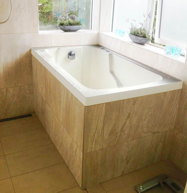 430 mm water depth at seat, 715 mm at feet. 54 inch ext length. The ...