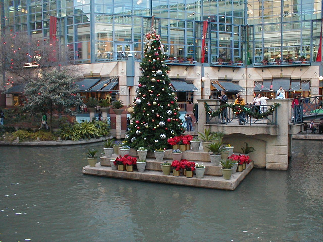 Christmas on the River Walk San Antonio TX (photo by