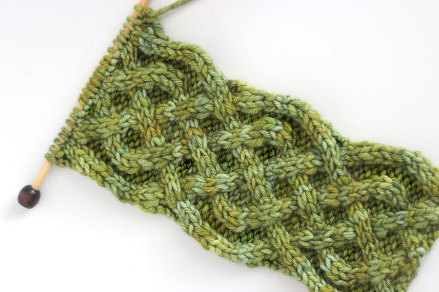 How to Knit the Celtic Cable   Celta
