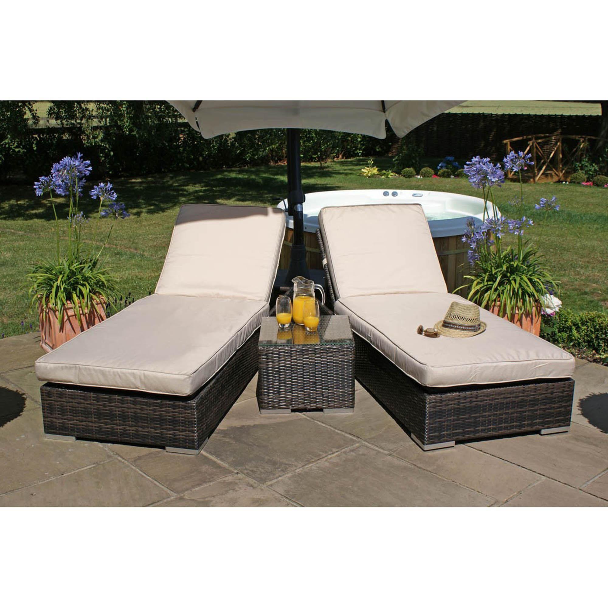 Relaxing Garden Loungers Sun Lounger Rattan Garden Furniture