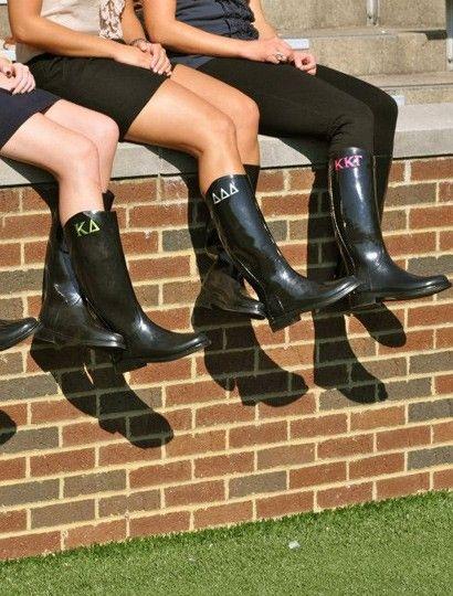 Sorority Rain boots from Dormify