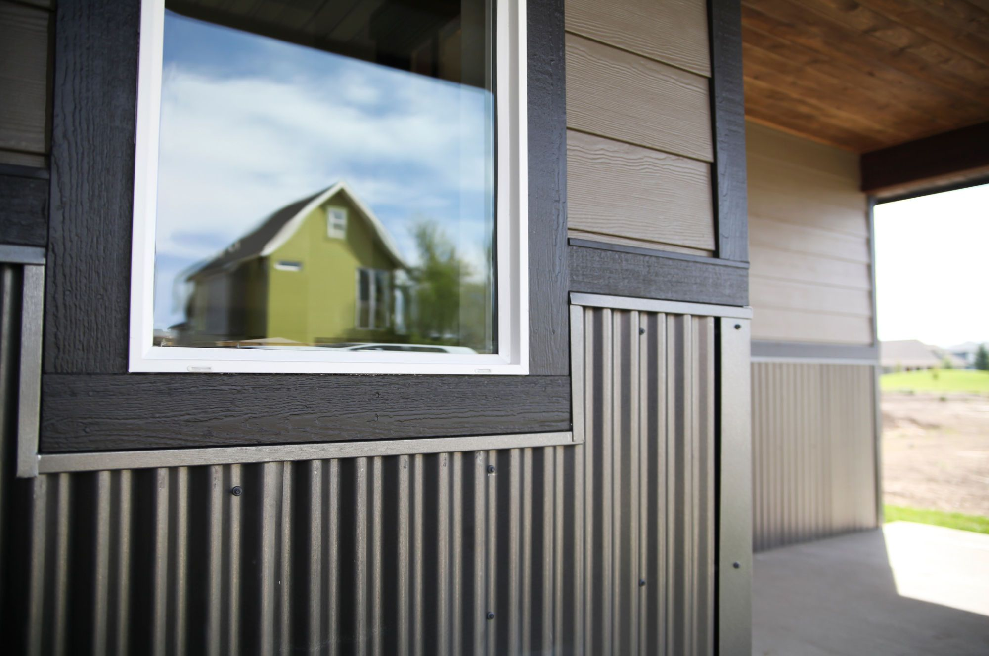 Rezibond As A Wainscot Exterior House Ideas Pinterest