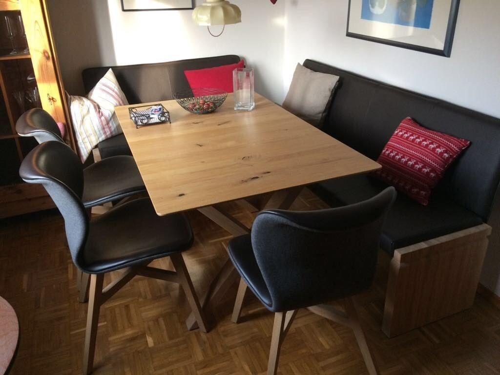 Esszimmer Massivholzmobel Voglauer Tisch 3 Stuhle Eckbank In Bayern Burglengenfeld Ebay Kleinanzeigen Esszimmer Zimmer Tisch