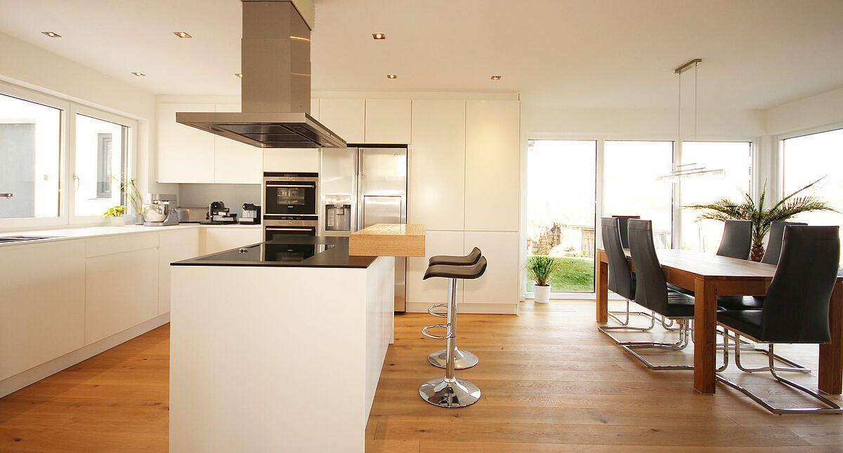 Küche mit Insel (mit Bildern) Küche mit insel, Weisse