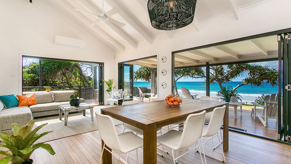 Byron Bay Luxury Homes | Holiday Rentals | Beach Accommodation | Beachfront  Apartments