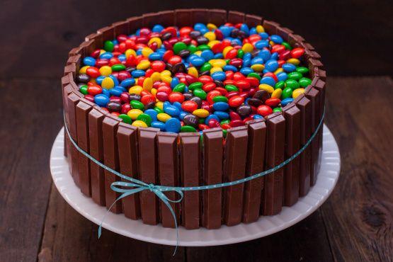 Recipes kit kat cake