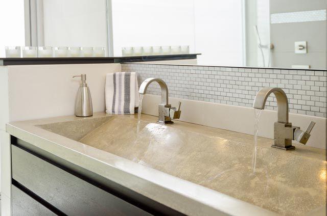Lavamanos de ba o doble pozo en concreto houses ba os for Bano de pared de concreto encerado