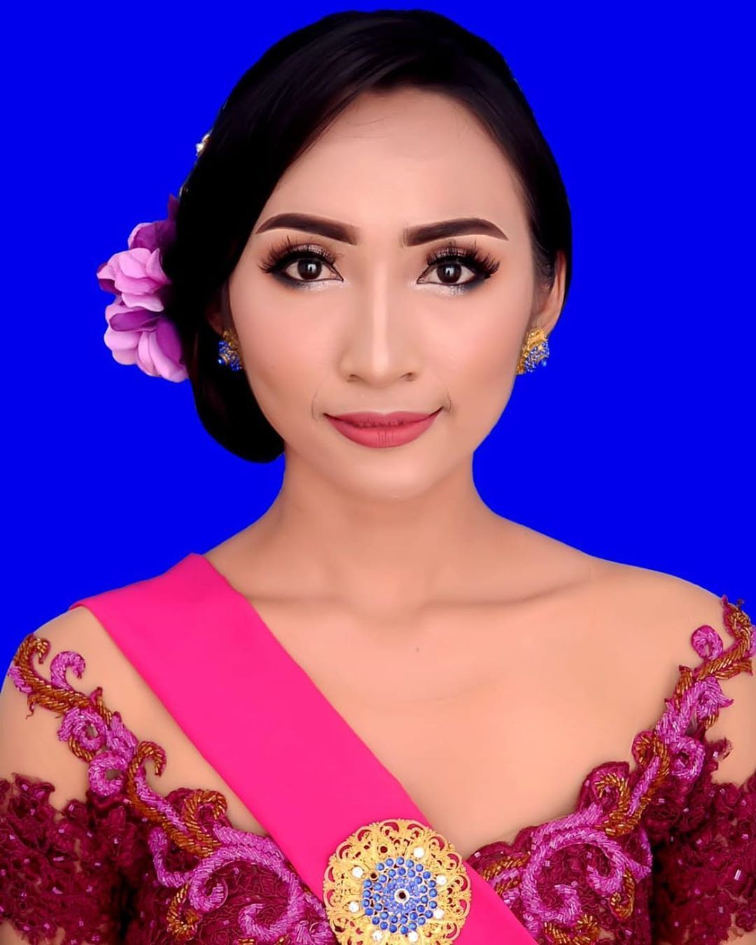 Makeup Hairdo Kebaya Triutarini Gallery More Info Price List Hairdo Makeup Kebaya