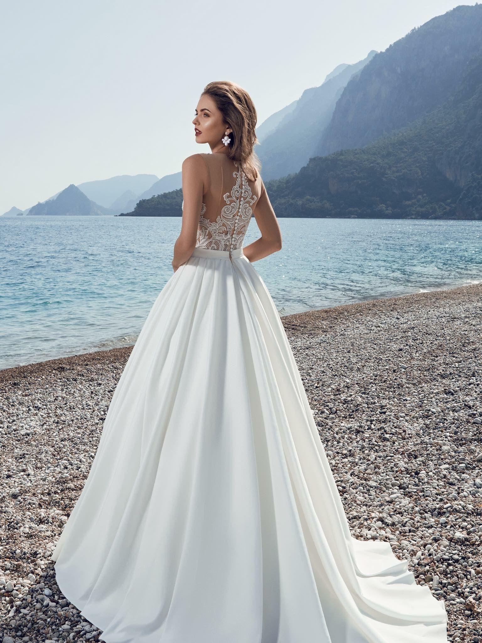 Pin by Irene Polenta on Wedding dresses top designers | Pinterest ...