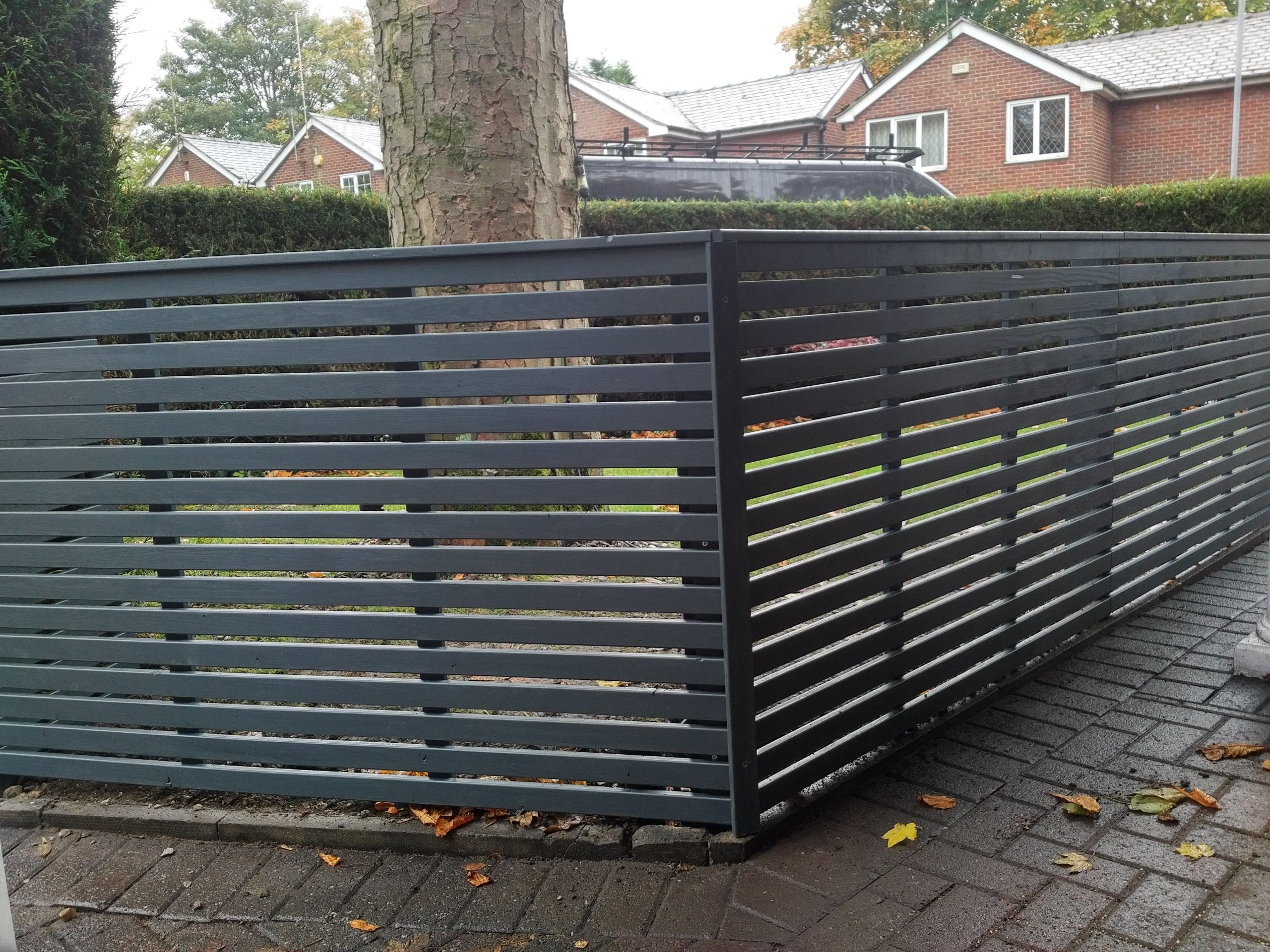 Grey Slatted Fence Panels Garden Fence Types And Models Over The Centuries Centuries Fence Garden Gre Slatted Fence Panels Fence Panels Patio Fence