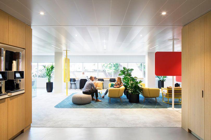 Hollandse Nieuwe Designs Happy Headquarters For A Funeral Insurance Company Design Modular Lounges Design Milk