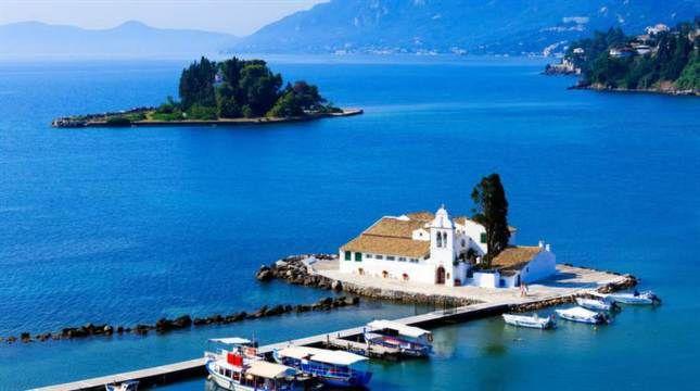Korfu är en av Greklands vackraste öar. Foto: Rostislav Ageev