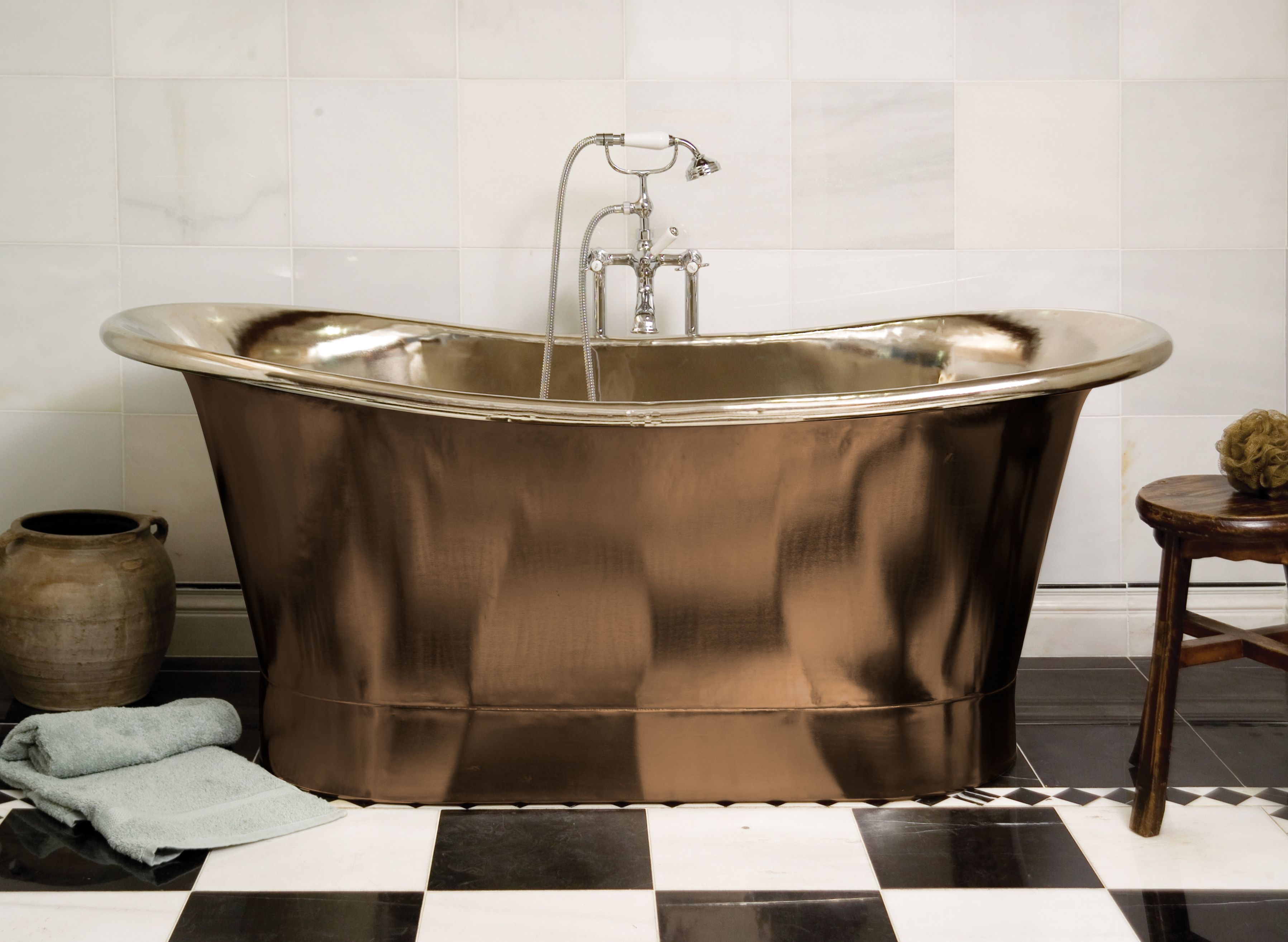 Fontaine Bright Copper Bath | Modern version of old-fashioned tubs ...