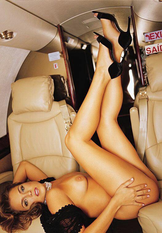 girls fucking on airplanes