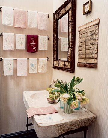 These Powder Rooms Are Insanely Chic Powder Room Decor Powder Room Design Linen Guest Towels