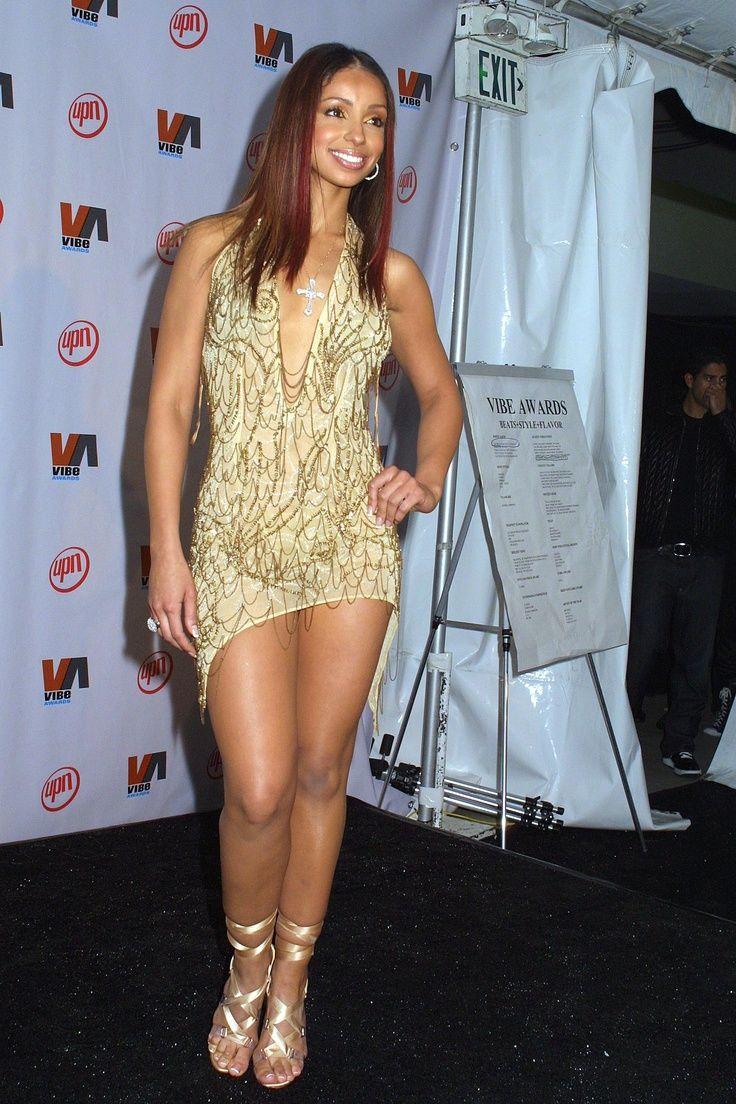 Celebrity Maya Singer