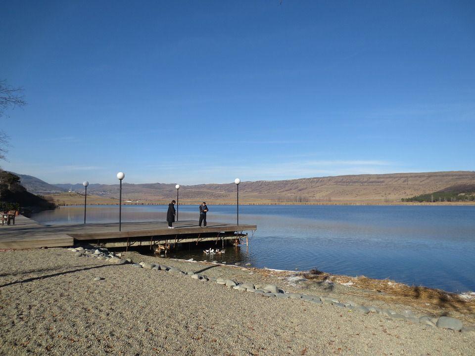 Озеро в Тбилиси