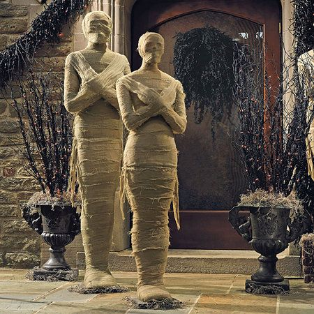 Life-size mummies for your porch Now wouldn\u0027t that be a great - life size halloween decorations