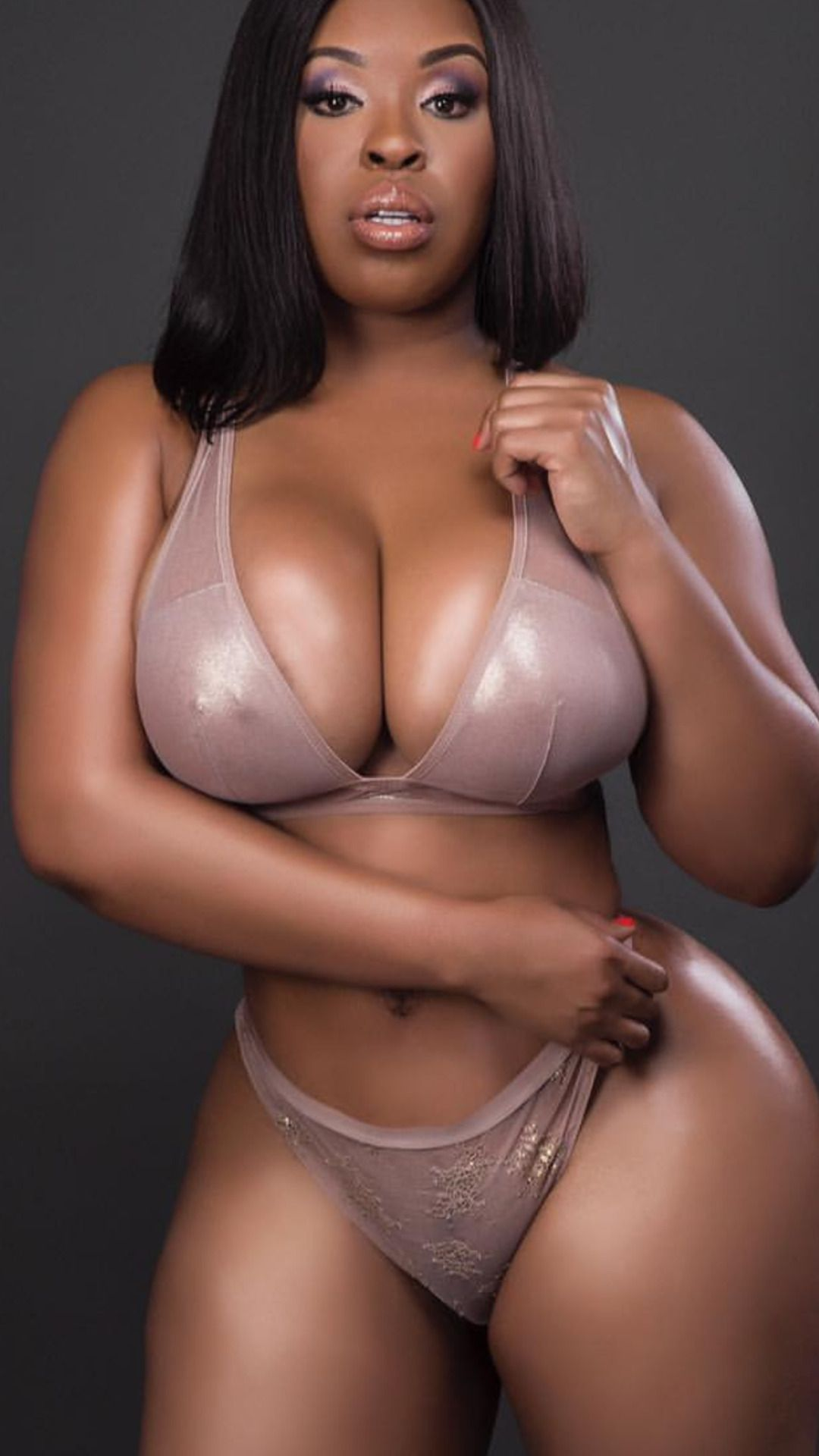 Sexy nude black women with big boobs gif