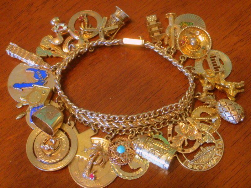 Vintage Estate 14k Gold Charm Bracelet W 26 Travel Charms 96 Grams Wt 7 Inches 14k Gold Charms Charm Bracelet Gold Charm Bracelet