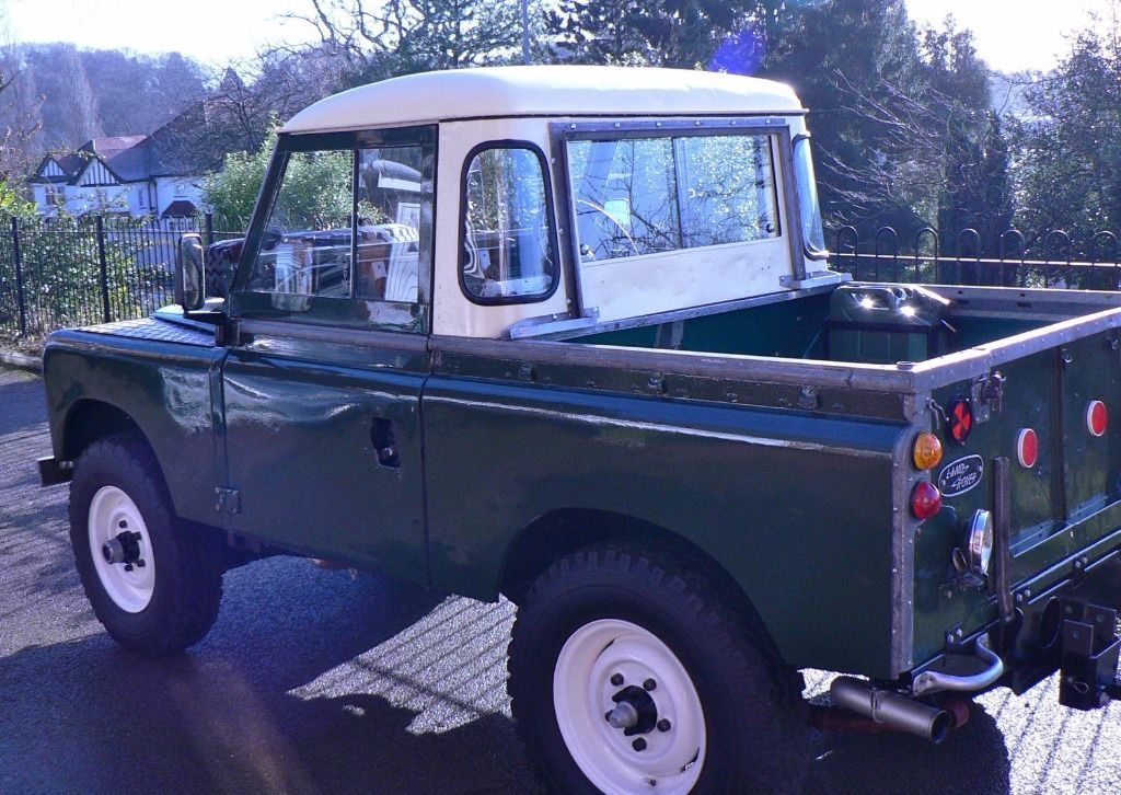 Land Rover Series 2 1958 Maintenance/restoration of old/vintage vehicles: the material for new cogs/casters/gears/pads could be cast polyamide which I (Cast polyamide) can produce. My contact: tatjana.alic@windowslive.com