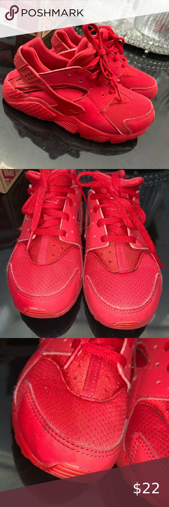 Red nike, Huaraches, Nike huarache