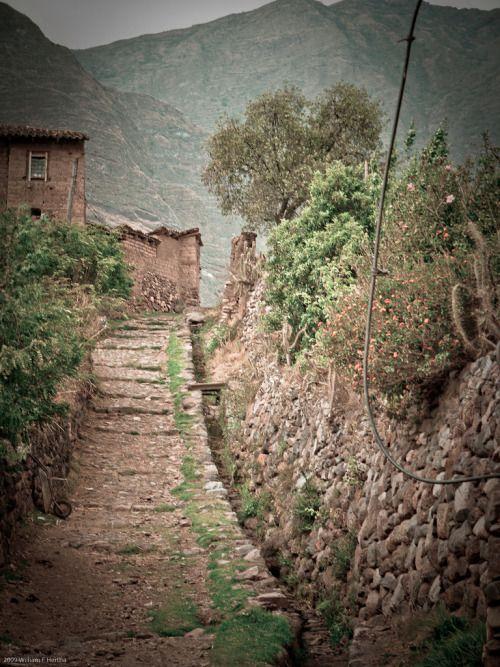 Yucay - Peru (byBill Hertha)