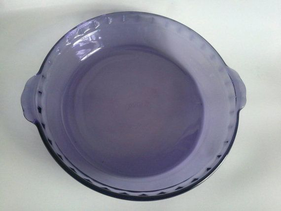 Vintage Purple Pyrex 9 5 Pie Plate With Scalloped Fluted Edge