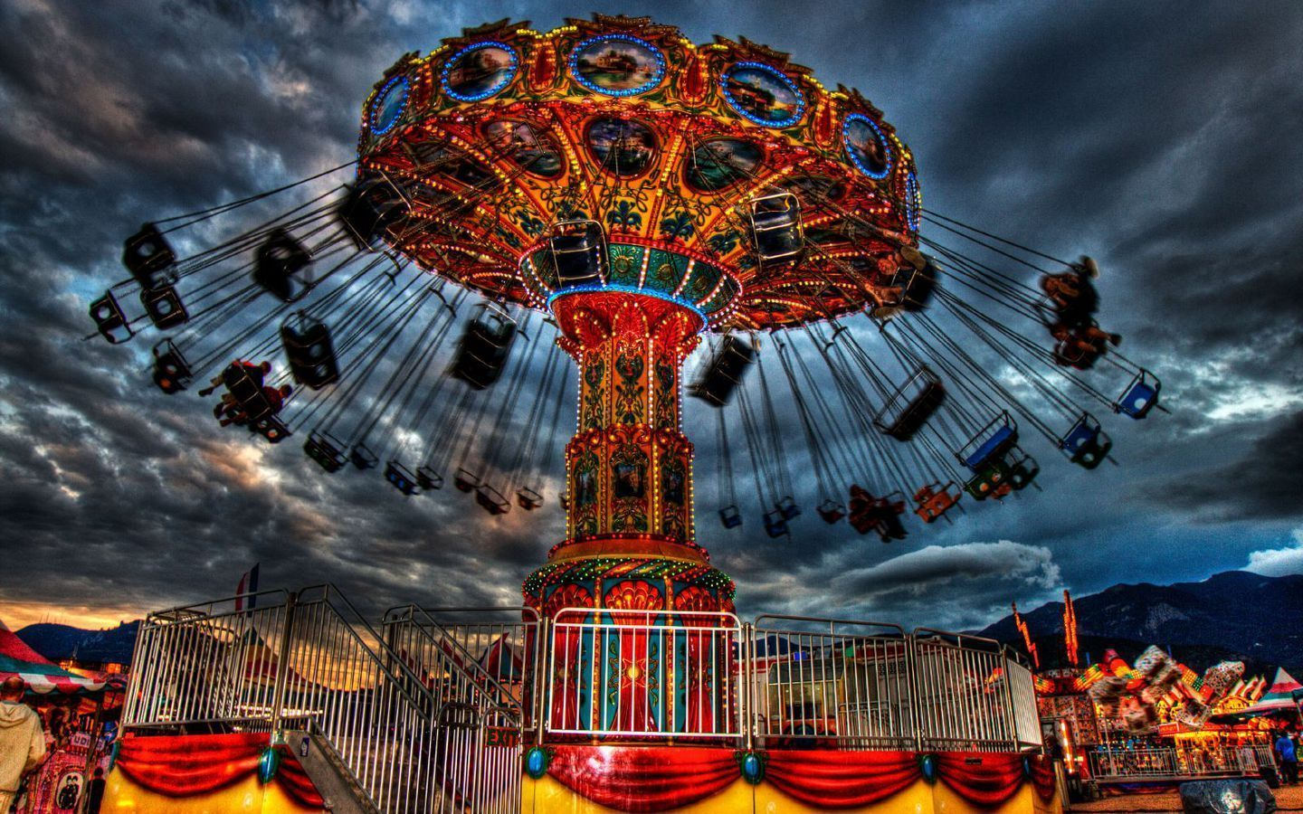 Circus And Carnivals Wallpaper Going To The Carnival Carnival Rides Creepy Carnival Carnival Images