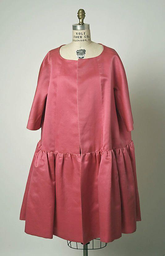Coat, Evening.  House of Balenciaga (French, founded 1937).  Designer: Cristobal Balenciaga (Spanish, 1895–1972). Date: spring/summer 1958. Culture: French. Medium: silk.