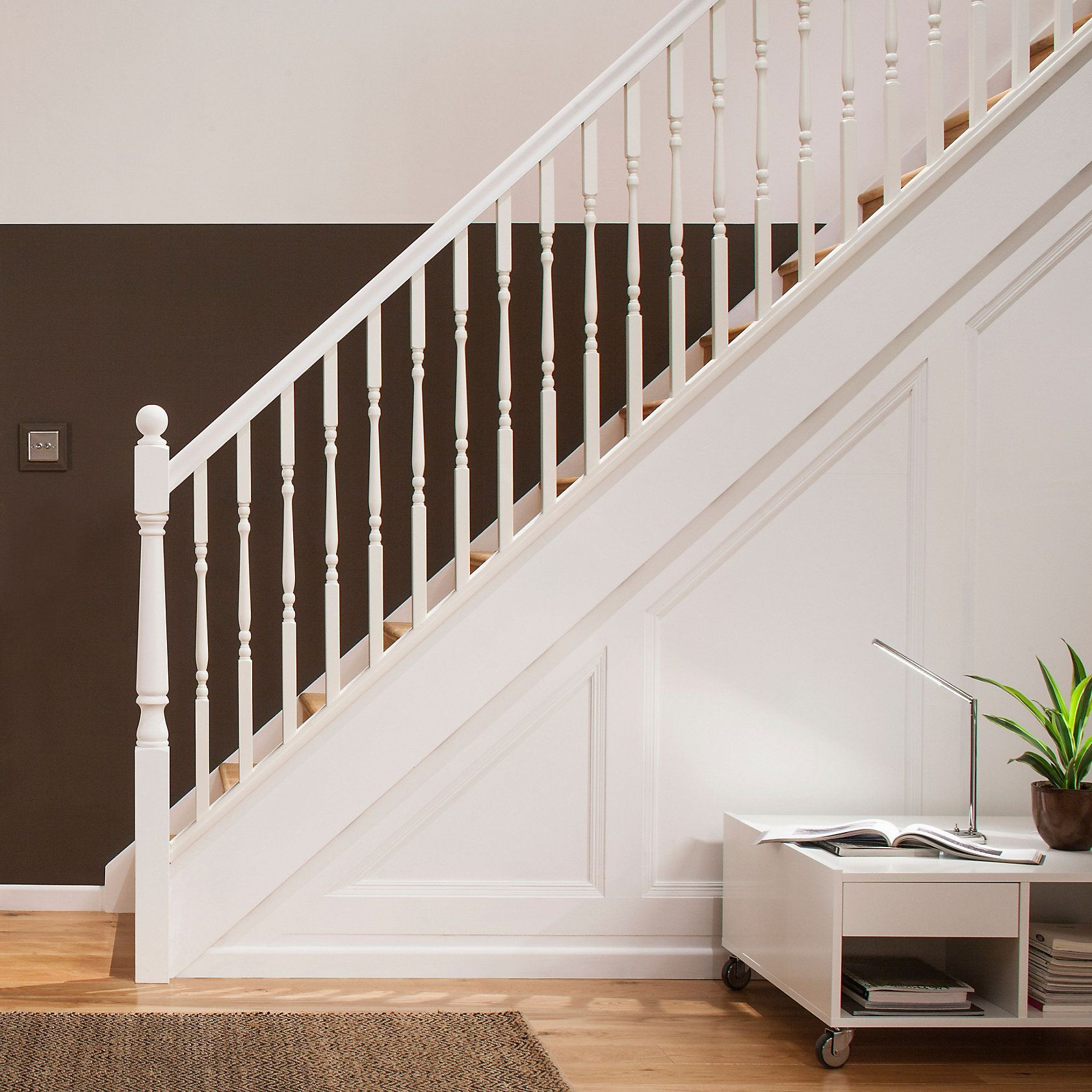 Best Primed Colonial Spindle W 32Mm L 900Mm White Staircase 640 x 480