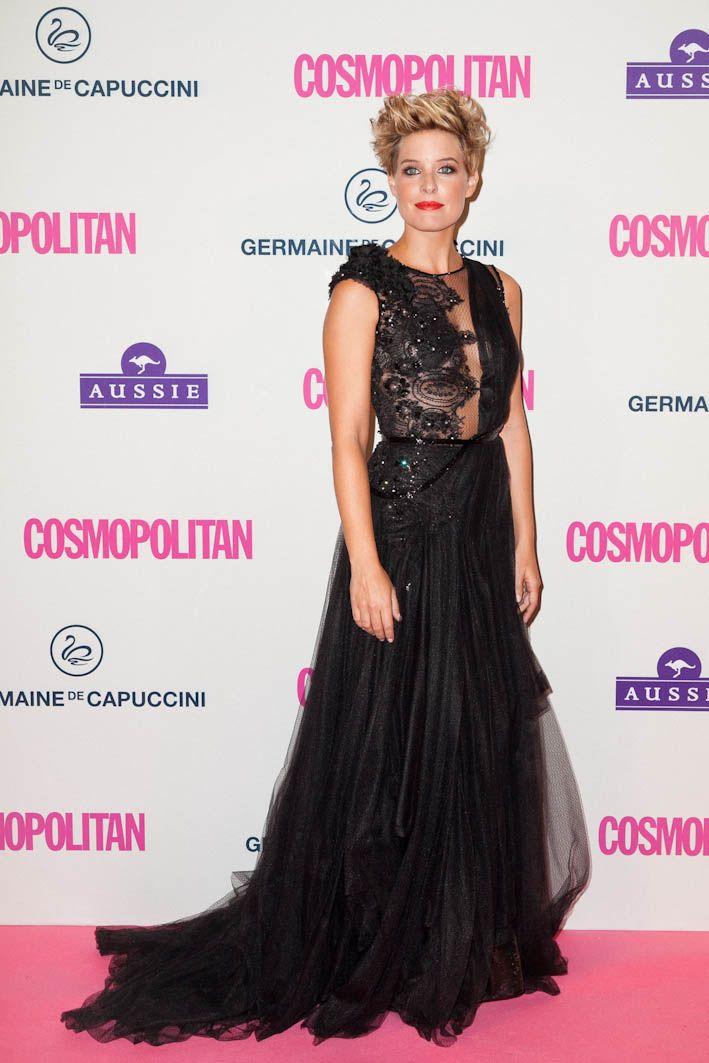 Tania Llasera presentó los Premios Cosmopolitan 2012 con un vestido de noche de YolanCris