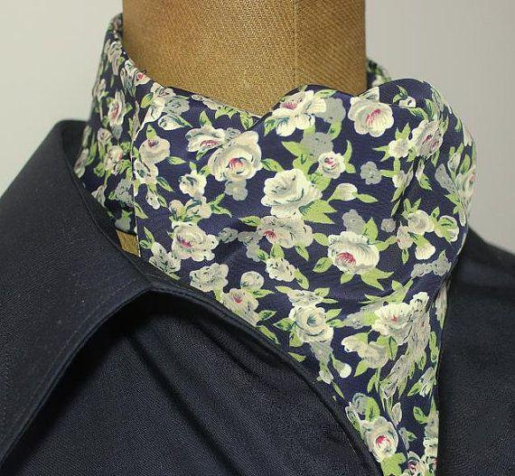 KrawattenschalAscotschwarz-oliv-geblümt von pinkmagnolia2303
