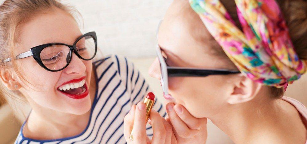 15 coisas que só viciadas em maquiagem entendem