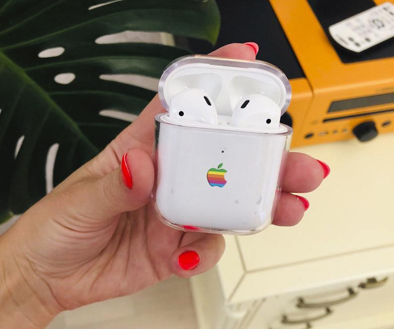 Airpod Case Le 8 Bit Retro Lisa Apple Rainbow Logo Airpods Etsy Airpod Case Apple Rainbow Case