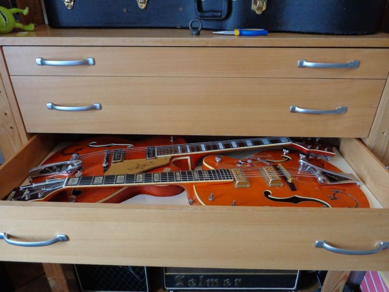 Faire Du Rangement Rangement Guitare Stockage De Guitare Rangement