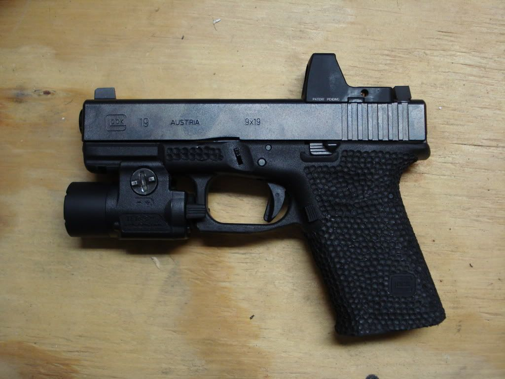 Perfect setup for home defense!! Glock 19 Burris FasfireIII