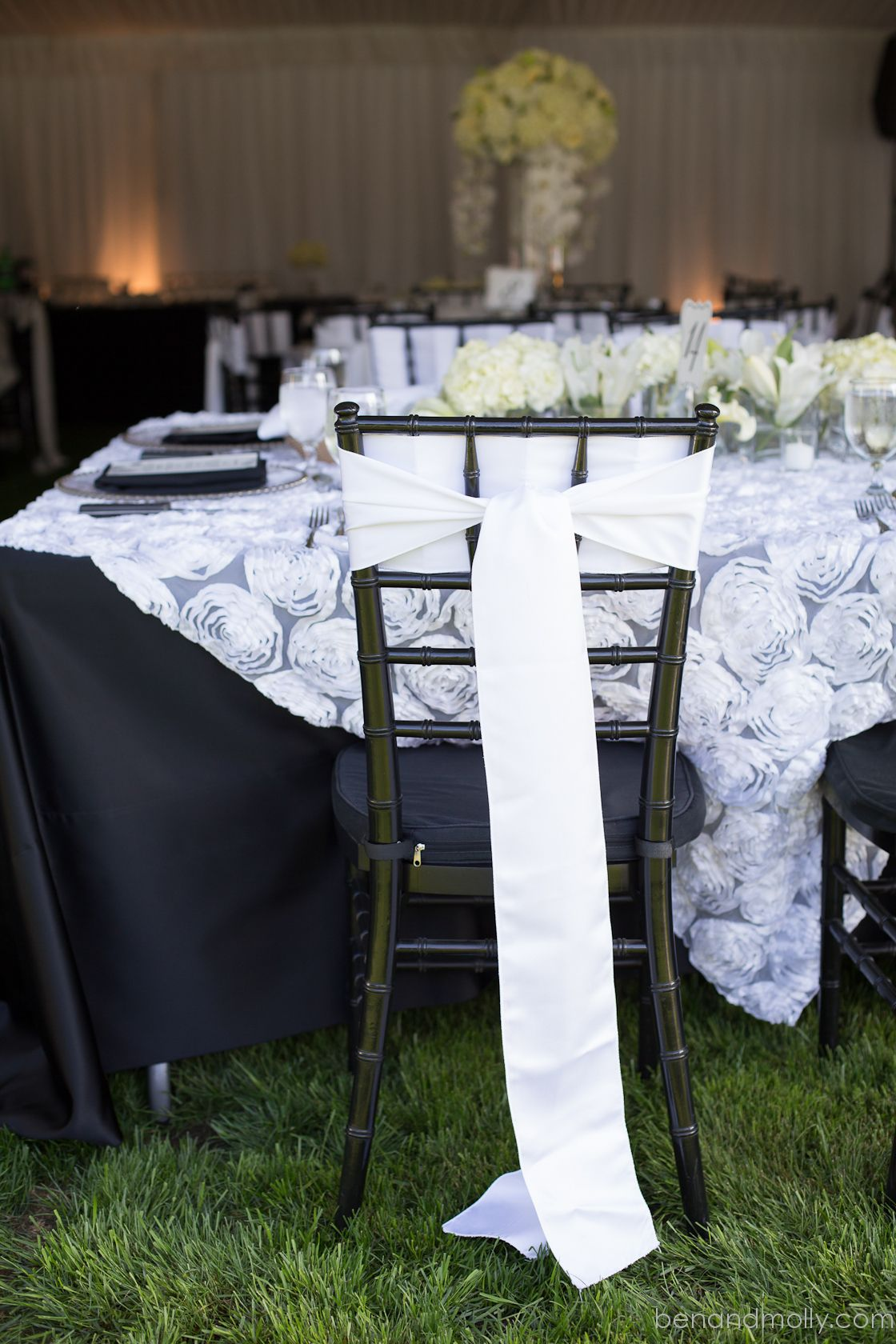 Wedding Chair Covers Rentals Seattle Top Pc Gaming Chairs Brittany Christopher Photography By Ben Molly Black And White Decorations Cover With Modern Tie Photographers