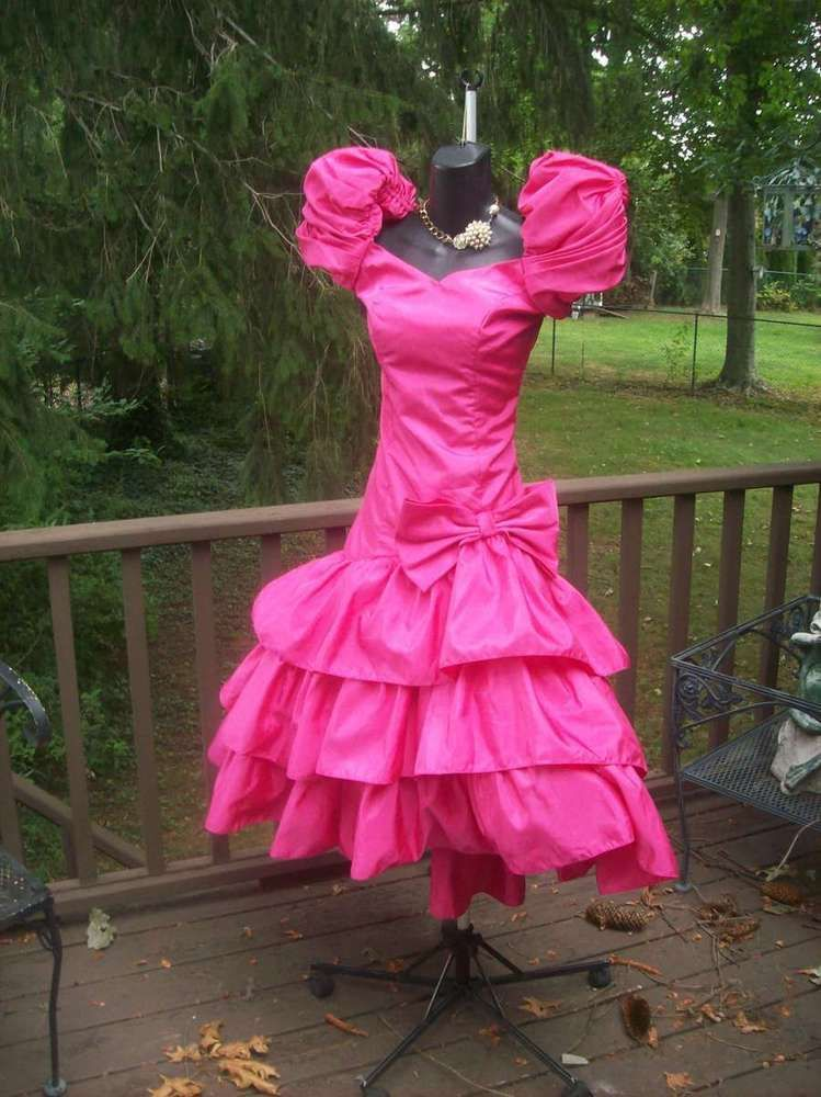VINTAGE 80s HOT PINK BEST IN SHOW WILD CHILD PROM PARTY DRESS MED ...