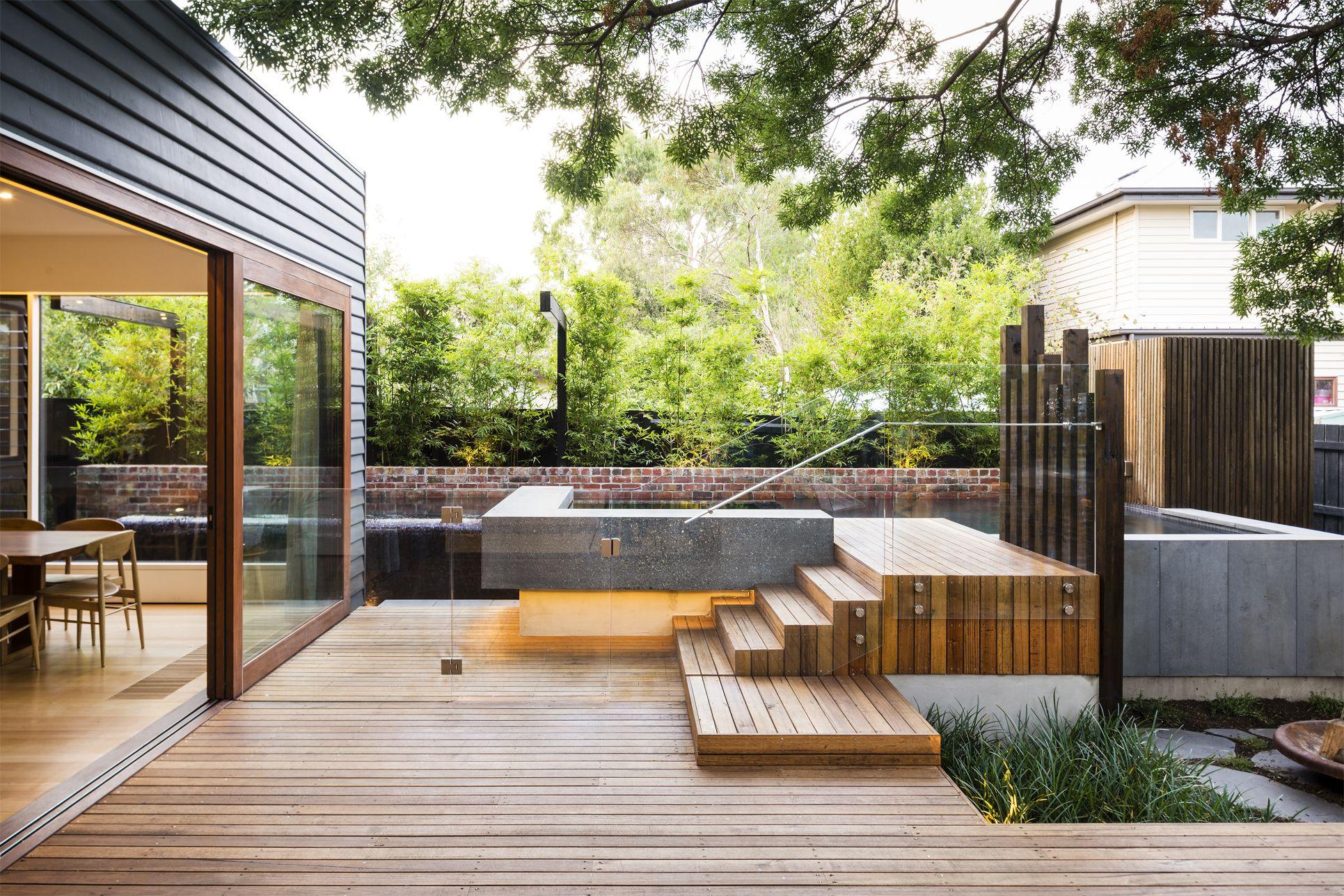 Frameless Glass Pool Fence Created By Frameless Impressions In Melbourne Modern Backyard Modern Backyard Design Modern Backyard Landscaping